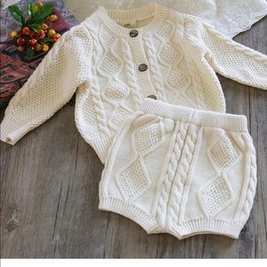 Crochet sweater set